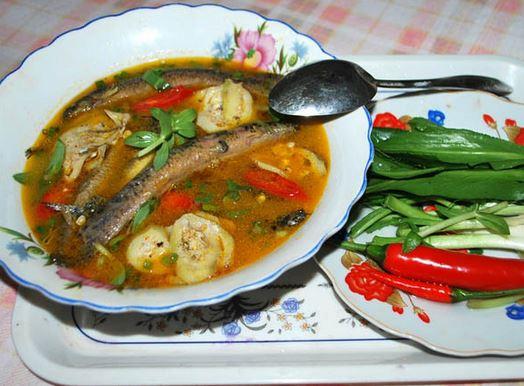 1. Cá chạch nấu canh chua 1